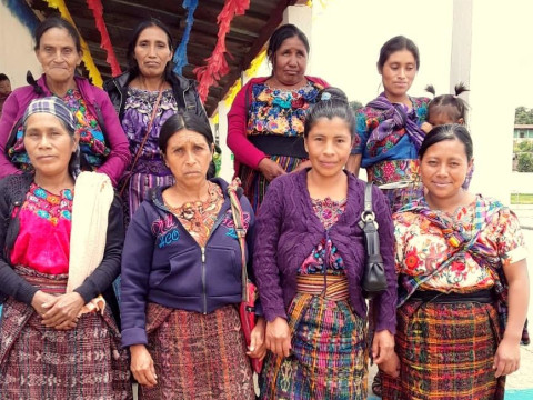 photo of Mujeres Agradecidas Group