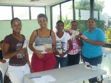 Mujeres En Gloria 1 Group