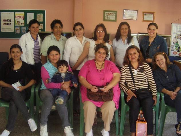 Kuña Guapa Del Barrio La Mil Vivienda Group